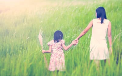 Tips to Help Mothers and Daughters Build a Strong Relationship